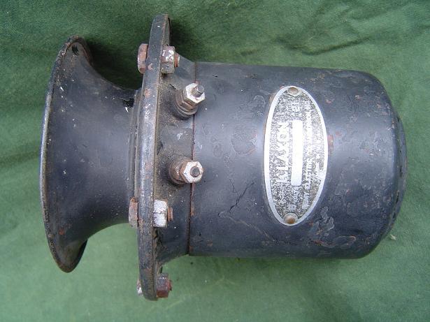 1930's claxon KLAXON no. 21 USA 6 volts horn AGOOOH hupe