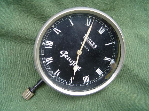 PEUGEOT   thales  1930's  8 day car clock autoklok uhr klokje HELD reserved