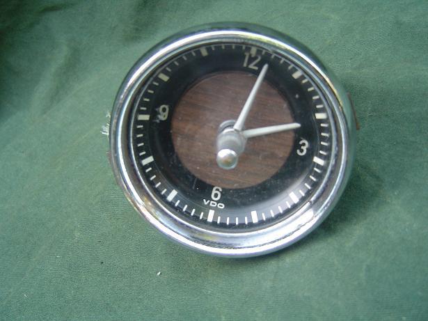 VDO KIENZLE BMW 1967 autoklok carwatch uhr clock