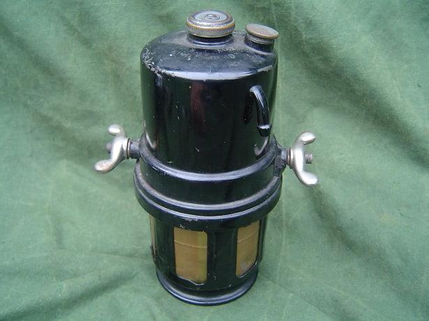 Joseph Lucas no. 62 carbid generator acetylene generator 1921