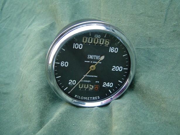 SMITHS SC 3303/11  240 KM chronometric speedometer 1963 Norton manxm 650/99