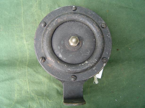 claxon engels ? 6 volt 1930's horn hupe klaxon England ?