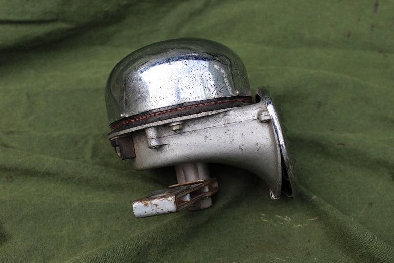HELLA TT M 6V tief claxon horn hupe VW ??