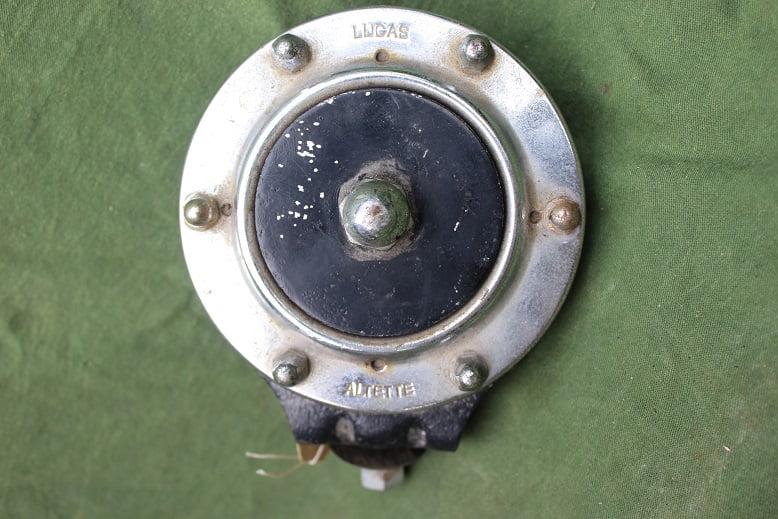 LUCAS ALTETTE 12 volts claxon horn hupe 1950