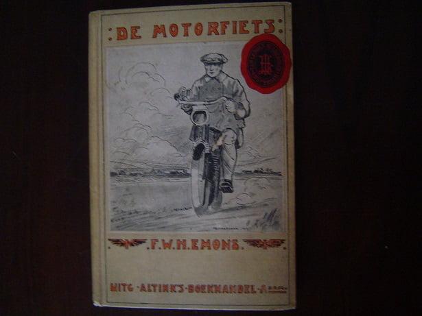 de MOTORFIETS  door  F.W.H. EMONS   derde druk uit 1919