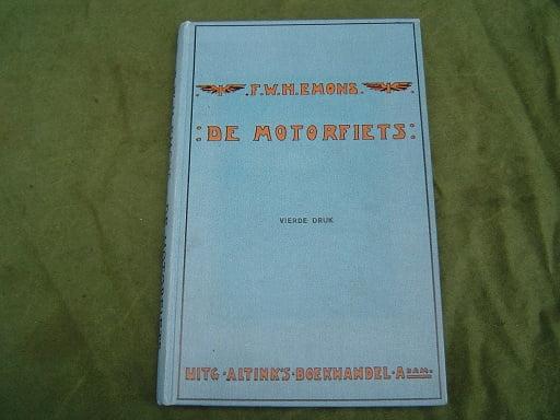 de motorfiets  door  F.W.H. Emons    1921