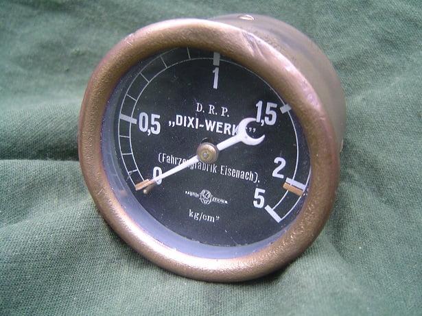 BMW DIXI – WERKE DRP Fahrzeugfabrik Eisenach 5 KG/CM 2 oliedrukmeter oil pressure gauge oeldruckmesser