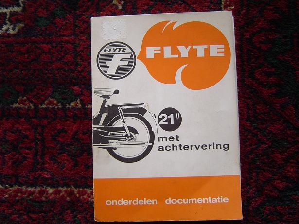 """FLYTE  21"""" met Sachs motor stokvis product  onderdelen boekje"""
