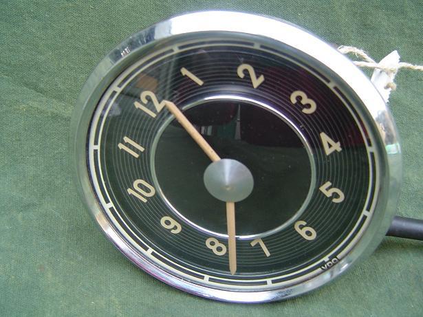 MERCEDES VDO 1954 auto klok mechanisch 8 daags uhr