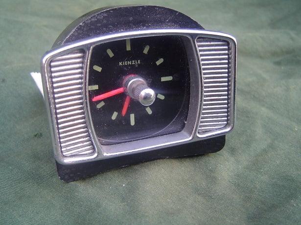 KIENZLE 6 volt auto klokje PKW uhr car clock DKW Auto Union ?  HELD reserved