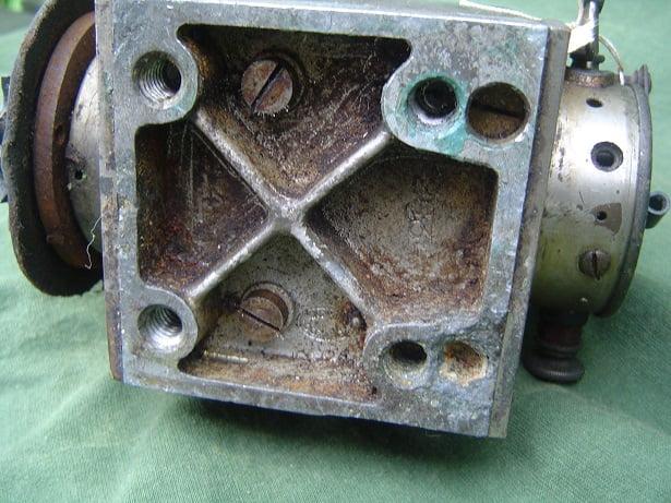 BOSCH DAV 1909 / 1910 50 degrees twin horse shoe magneto zundgnet SOLD