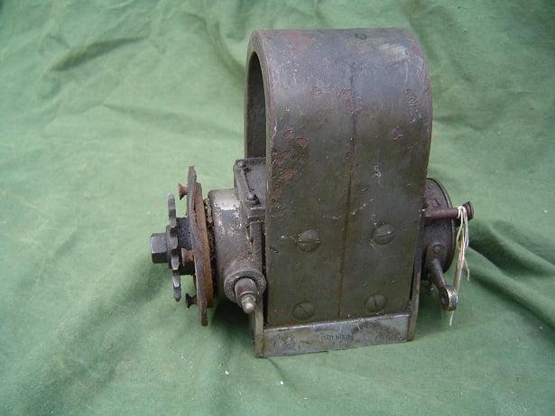 BOSCH DAV 1909 / 1910 50 degrees twin horse shoe magneto