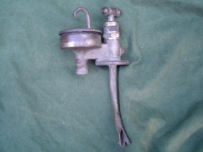 ENOTS olie druppelaar oil feeder 1930's  oilfeeder oil dripper