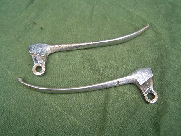 bronzen rem koppelings hendels jaren 30/40 France ? bronze levers motorcycle