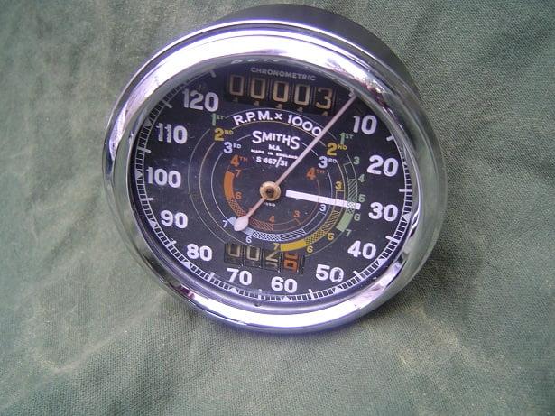 SMITHS S 467/51 120 Mph  chronometric speedometer  120 Mph mijlen teller