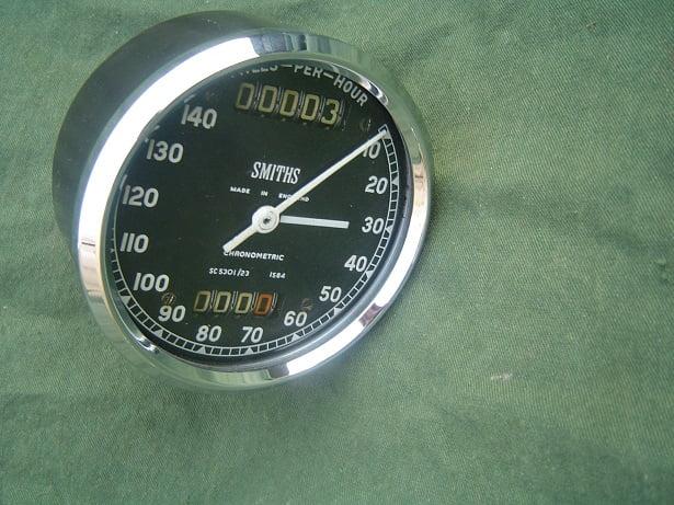 SMITHS SC 5301/23 140 MPH chronometric speedometer  mijlen teller BSA Goldstar ??
