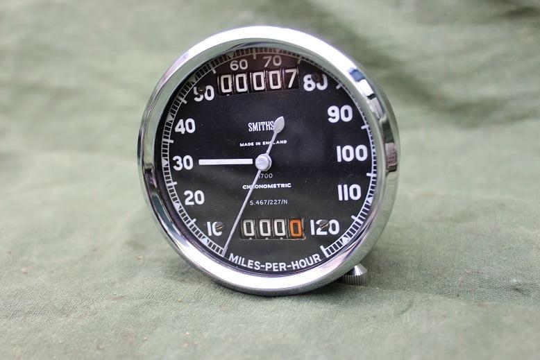 SMITHS S467/227/N 120 MPH chronometric speedometer mijlen teller tachometer
