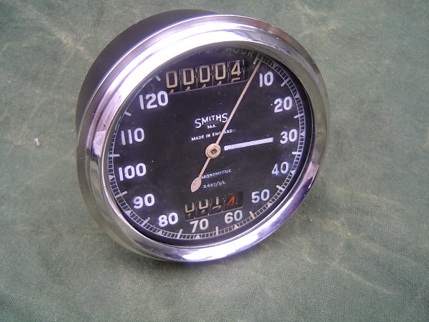 SMITHS S467/3/L 120 MPH chronometric speedometer mijlen teller