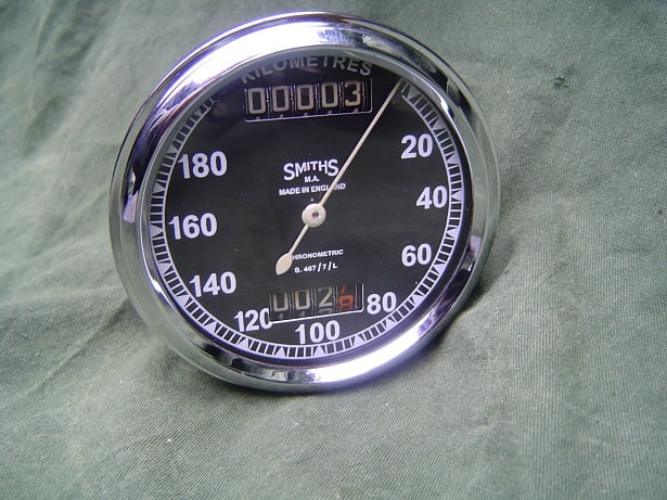 SMITHS S467/7/L chronometric 180 km teller speedometer