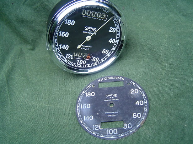 SMITHS S467/7/L chronometric 180 km teller speedometer tachometer
