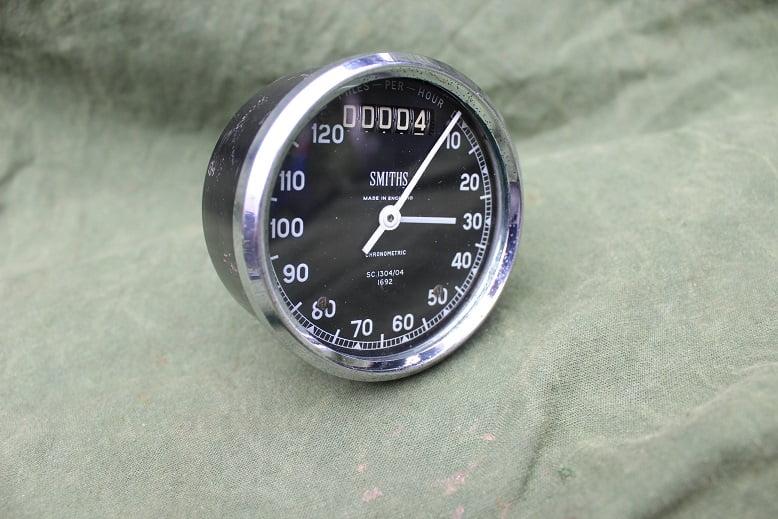 SMITHS SC1304/04 120 MPH chronometric speedometer mijlenteller tachometer