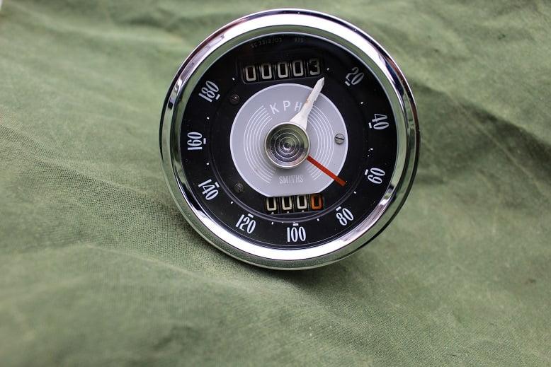 SMITHS SC 3312/03 180 KM chronometric kilometer teller speedometer tacho