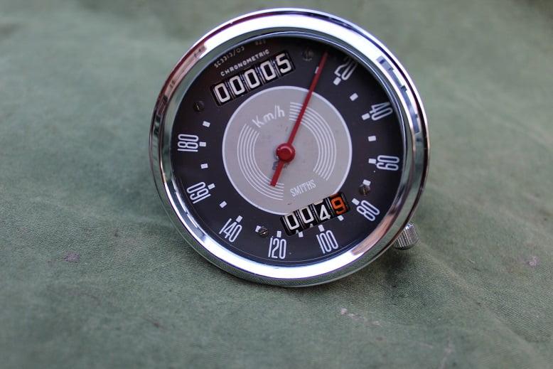SMITHS SC3313/03  180 KM chronometric kilometer teller speedometer tacho