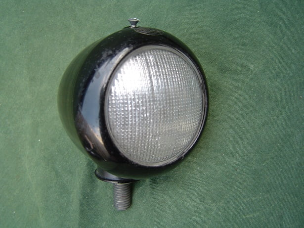 HELLA K1609 spatbord lamp Mercedes positions lampe334 335 336 338 ???