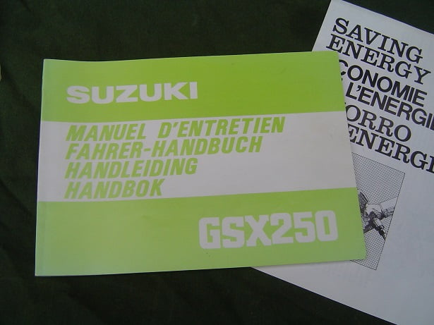 SUZUKI GSX 250  1980 handleiding  handbuch  GSX250