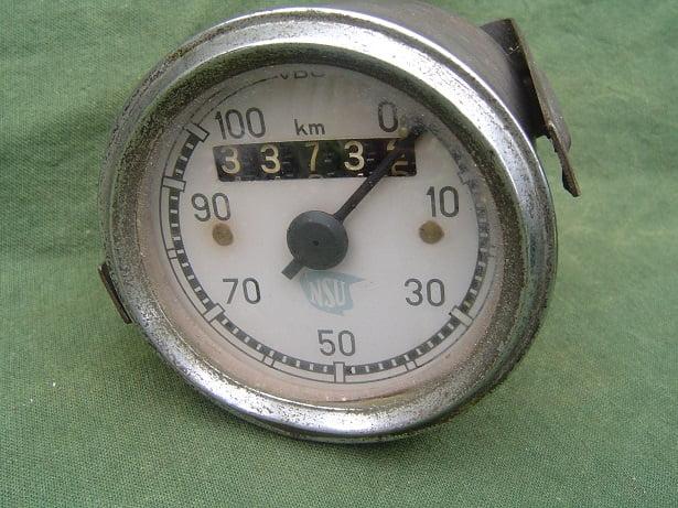 NSU 100 Km VDO  1953 kilometer teller speedometer tacho