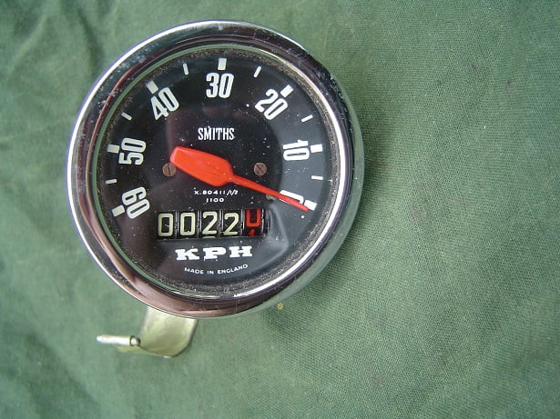 SMITHS X80411/1/2 60 KM teller 24 inch NOS kilometerteller anti clock