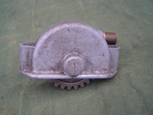 Smiths ?? gearbox speedo drive sturmey archer ? 1930's