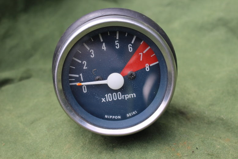 NIPPON SEIKI mechanische toerenteller 8000 rpm HONDA ?? rev counter 65 mm