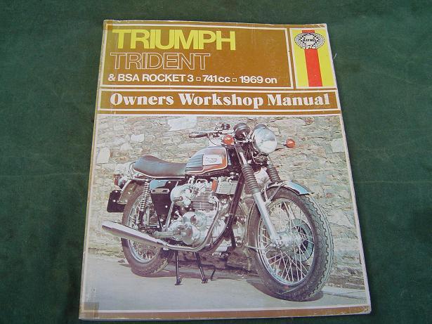 TRIUMPH  TRIDENT en BSA Rocket 741 cc 1969 onwards Haynes 136