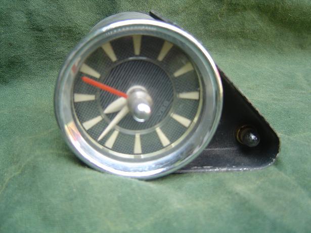 VDO  F/K autoklokje car watch 1956
