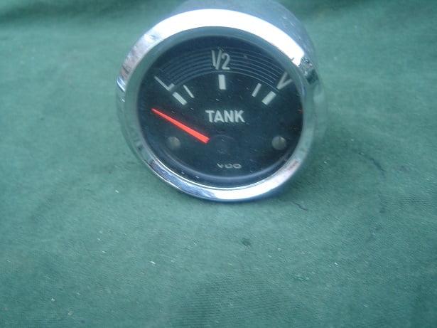VDO benzine meter 1970 12 volt  no. 301 252/30/9
