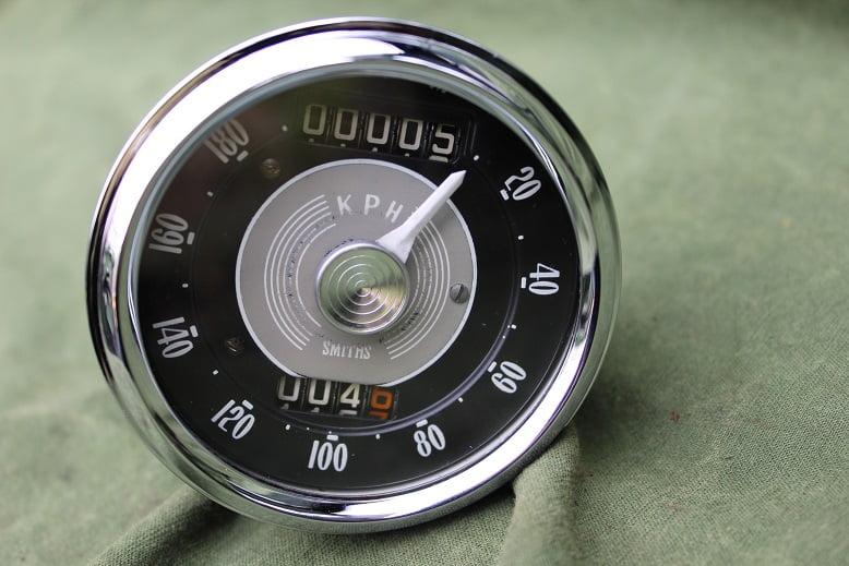 Smiths SC5305/01  180 KM chronometric kilometerteller speedometer tachometer