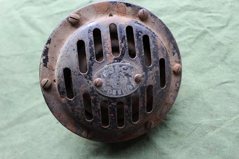 BOSCH FDE6 [1/8] 6 volts claxon horn hupe FDE 6