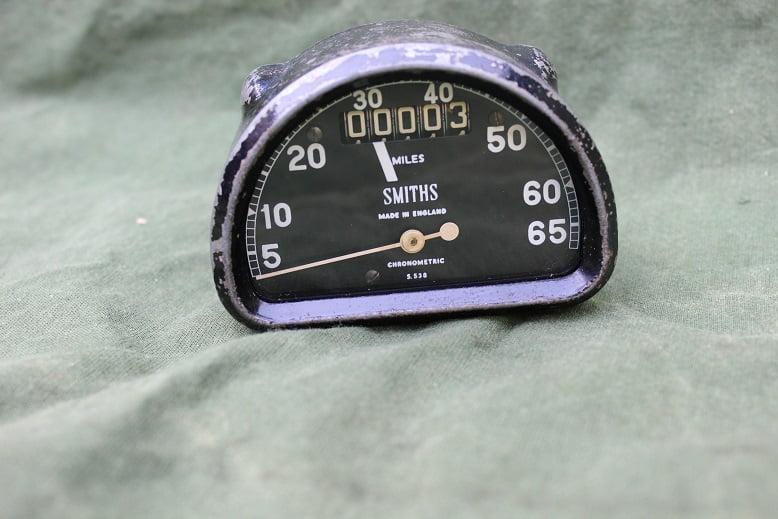 SMITHS S538 65 miles D type chronometric speedometer S 538 mijlen teller