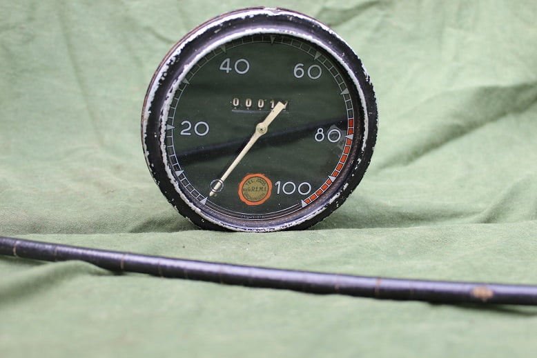 JSGUS OK 100 KM kilometerteller speedometer tachometer tacho
