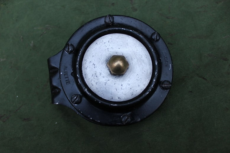 LUCAS ALTETTE HF935 L-2 12 volts claxon horn hupe