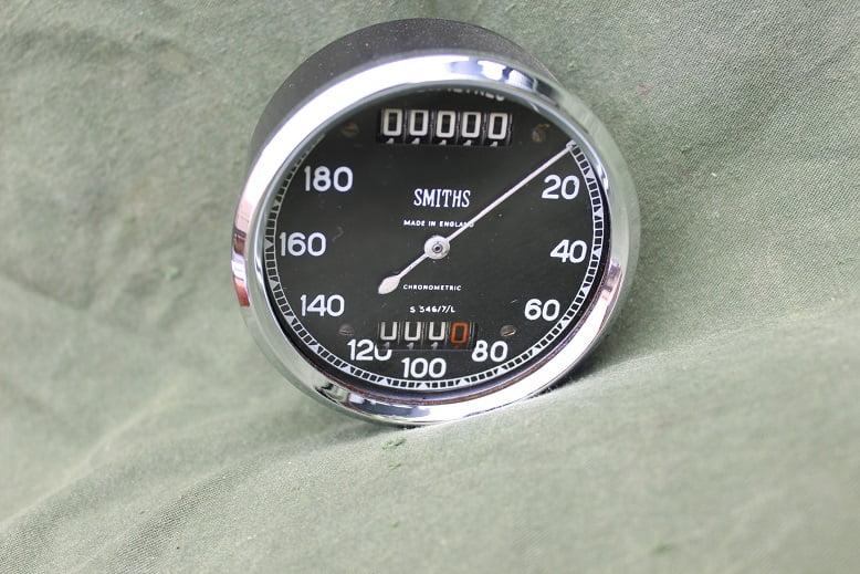 SMITHS S546/7/L 180 KM chronometric speedometer kilometer teller tacho S 546