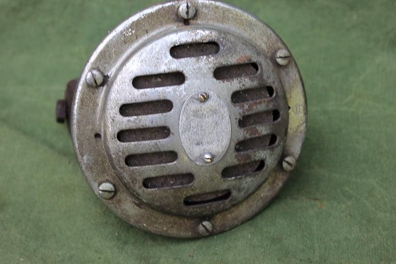 1930's BOSCH 6 volts claxon horn hupe FD ??