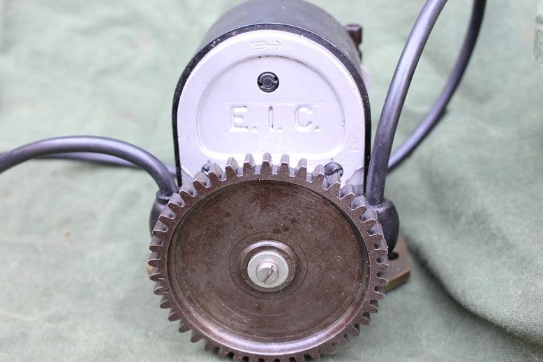 E.I.C. 180 graden degrees magneet magneto zundmagnet Douglas 1915 ?? EIC