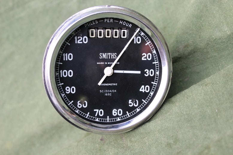 SMITHS SC 1304/04 120 miles chronometric speedometer mijlen teller Royal Enfield ?
