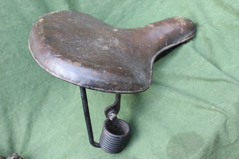 1920's motorfiets zadel motorcycle saddle veteran vintage   HELD reserved