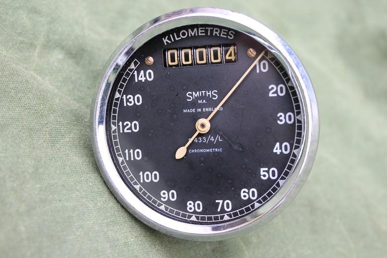 SMITHS S433/4/L 140 KM chronometric kilometer teller speedometer tacho