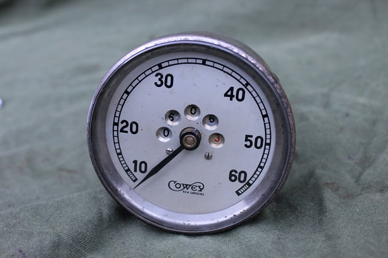 COWEY 60 miles 1920's  speedometer mijlenteller tachometer