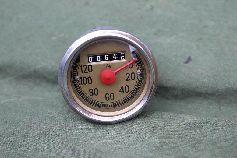 OK 120 kilometer teller speedometer tacho dated 1955