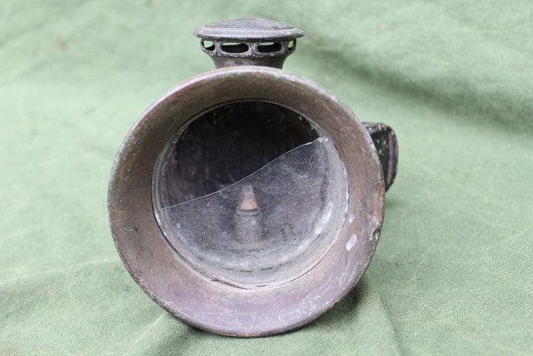 Joseph Lucas no. 354  zijspan carbid lamp side car acetylenelamp 1920's